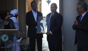 Pasadena Councilmember John J. Kennedy and the Mayor of Dakar-Plateau, Republic of Senegal Alioune Ndoye exchange gifts during the Welcome Reception for the Sister City of Dakar-Plateau in the Honor of his Excellency Alione Ndoye, Mayor of Daker-Plateau, Republic of Senegal and Esteemed Delegation at the Pasadena City Hall Courtyard, June 18, 2019.